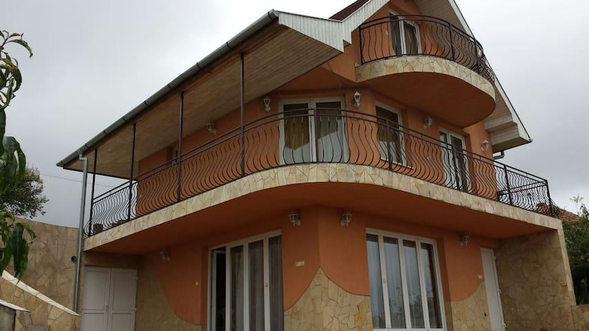 Feltöltődés Zalaegerszeg felett - Zalaegerszeg - Haus