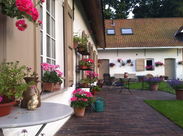 Guesthouse DE SCHUUR - Destelbergen - Çatı Katı