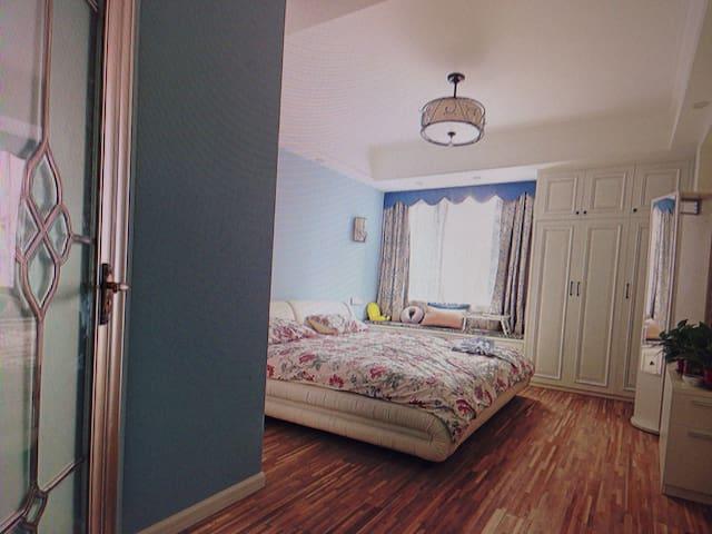环境优美特色便捷两居房