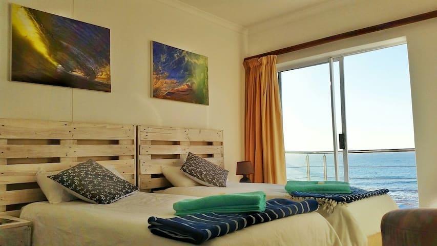 Eco Adrenalin Adventure Lodge - Ocean Front 2 - De Kelders - Casa