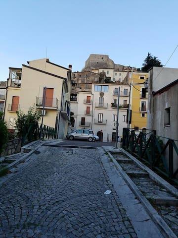 Historic Home, Shops,Cafes,Train To Rome or Amalfi - Guardia Sanframondi - Maison