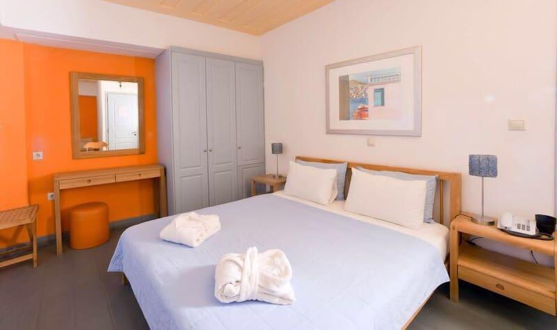 Serie Apartments-1 BEDROOM - Ioulis
