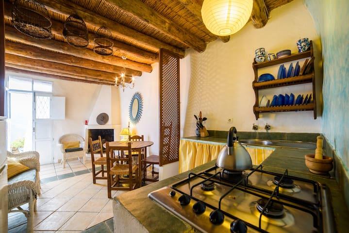 Andalucian Moorish Casa - Alfornón - Huoneisto