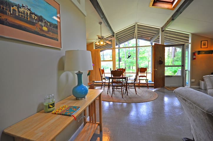 Peaceful Private with a Fireplace - Eastham - Apartemen