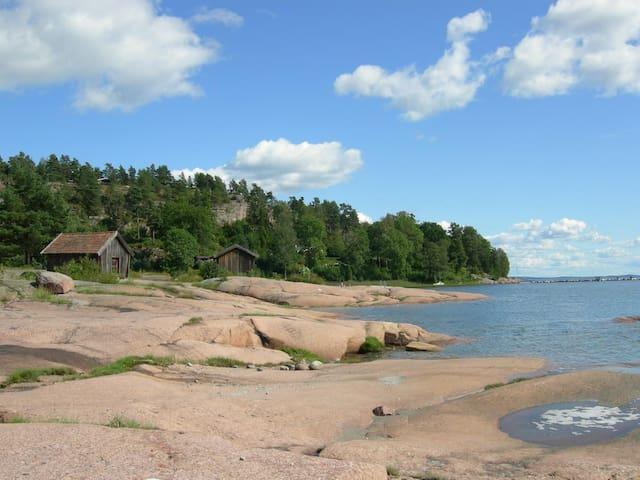 Holiday by the sea, close to Oslo - Sande - Kulübe