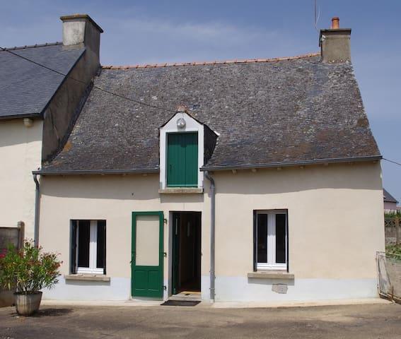 Hébergement en Brocéliande - Gaël - Rumah