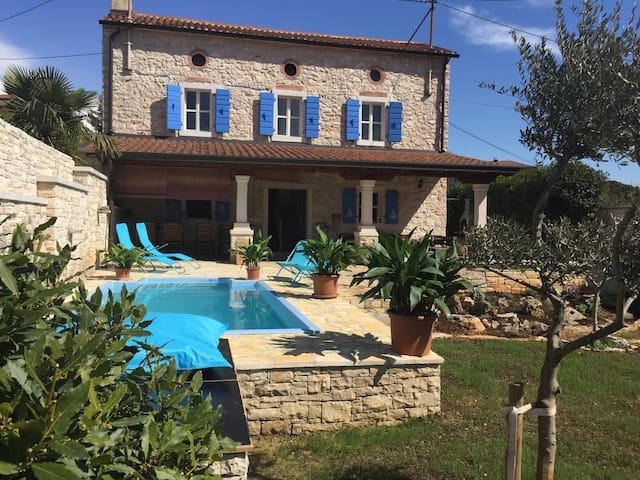 Villa Rafaela, private house with a pool- Umag - Umag - Casa