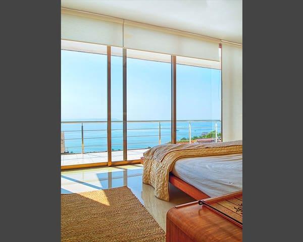 Ocean View 3.5 bedroom Villa in GOA - North Goa - Willa
