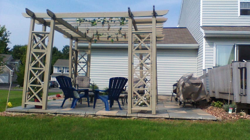 Relaxing home in Clay near Syracuse - Clay - Huis