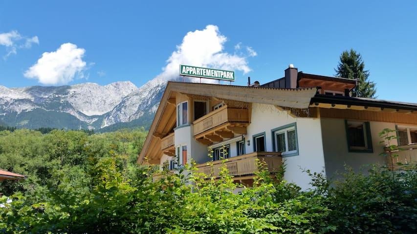 Luxuriöse Ferienwohnung für 4-7 - Scheffau am Wilden Kaiser - Daire