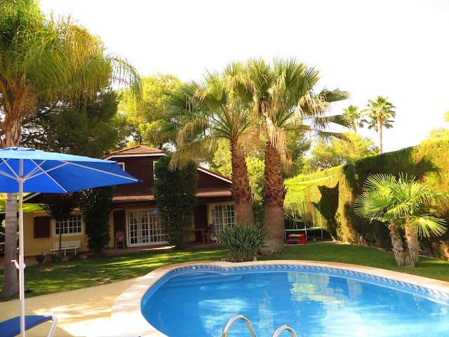Very Quiet and Cozy Villa.  - Bétera - Valencia - Villa