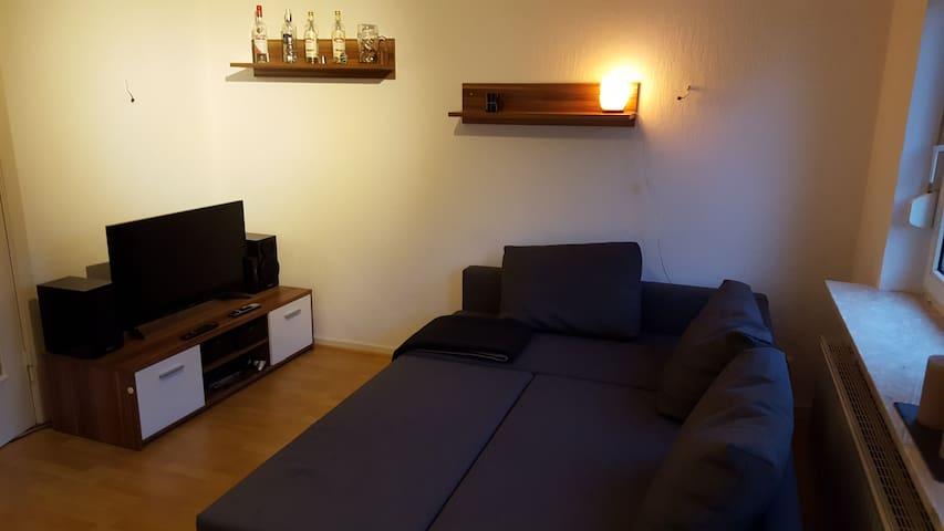zentrale Unterkunft für 1-2 Personen - Heide - Leilighet