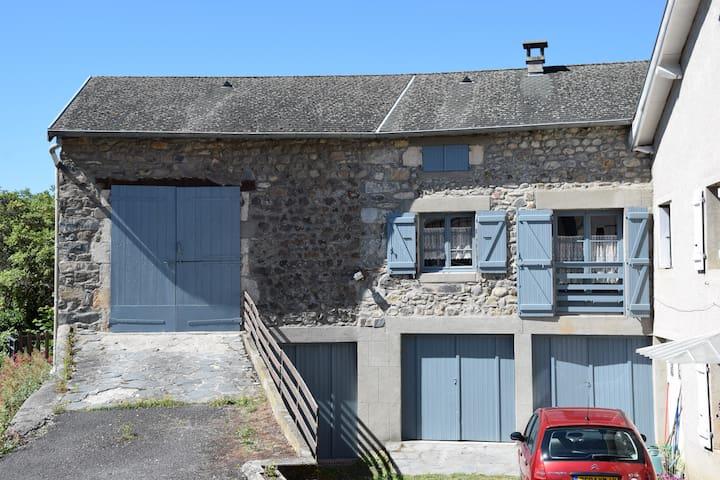 Stone house in Velay region - Rosières - Departamento