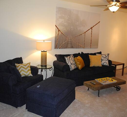Fully renovated private 1 bedroom apartment. - Yonkers - Pis