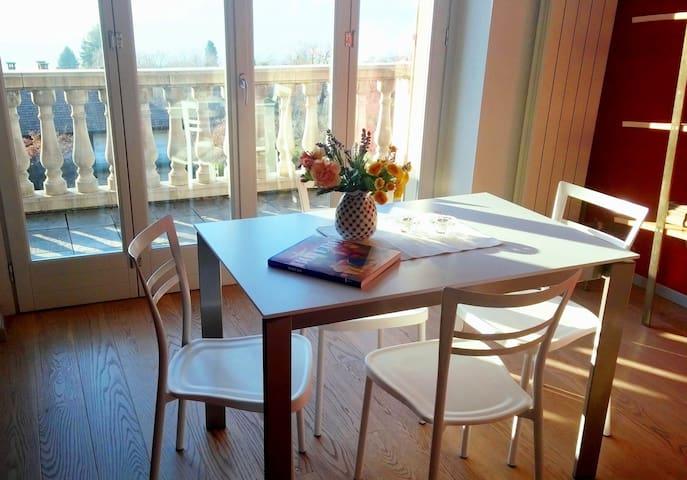 Suite Romantic Bocciola - apartment - Orta San Giulio - Apartemen