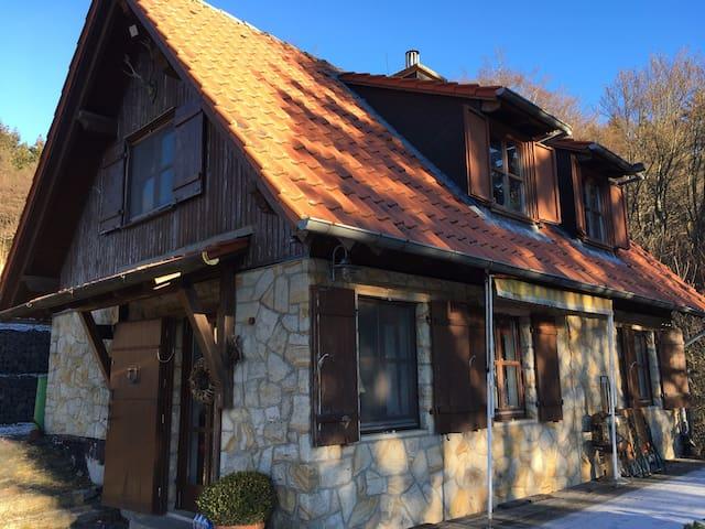 Jagdhaus - Alleinlage in der Rhön - Gersfeld (Rhön) - Maison