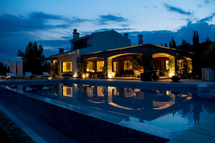 Magnificent Waterfront Villa & Farm - Kavala - Villa
