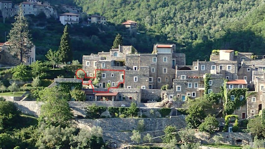 Apartment in Medieval stone village - Castelbianco - Leilighet
