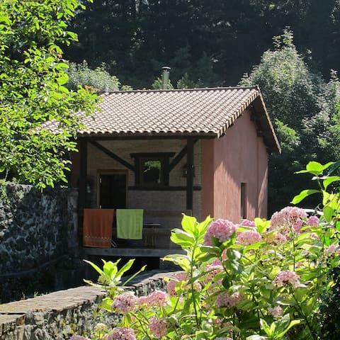 Beautiful Little Country side house - Ubilla-Urberuaga