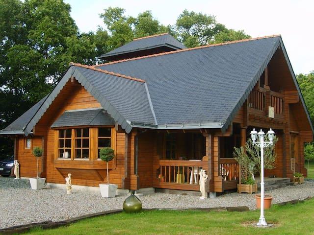 Maison en bois - La Grigonnais - Casa