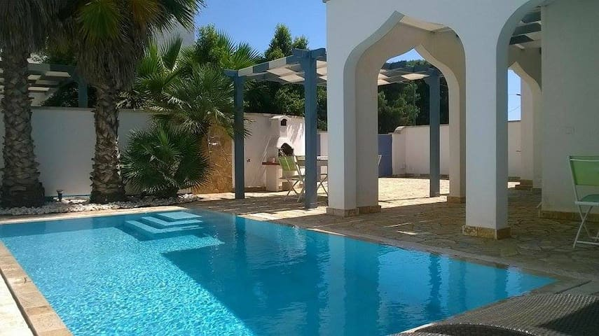 Holiday home with pool (Salento - Apulia) - Torre Lapillo - Villa