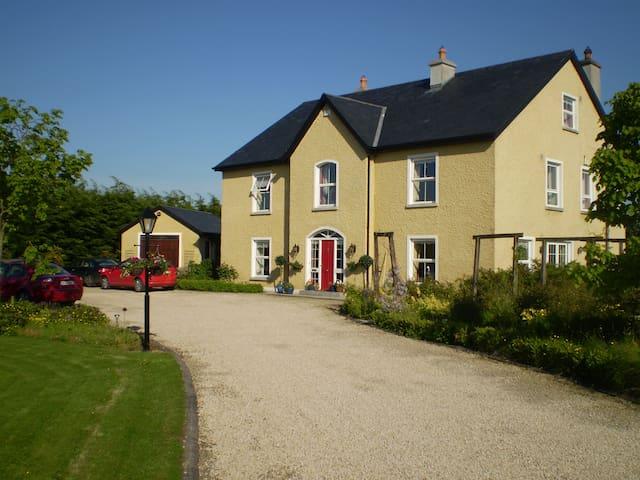 Newlands Lodge - Kells Road