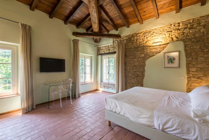 Borgo Cadonega Relais & Spa - Viano - Bed & Breakfast