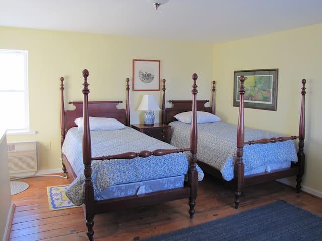The Grain House - Nicholasville - Bed & Breakfast
