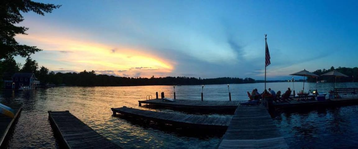 Lake Minocqua Suite w/ Dock & Kayak - Minocqua - Hytte
