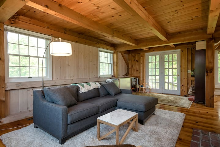 Secluded Family-Friendly Post+Beam - East Chatham - Casa