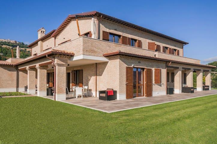 MORESCO COUNTRY HOUSE 1 - moresco - Provincia di Fermo
