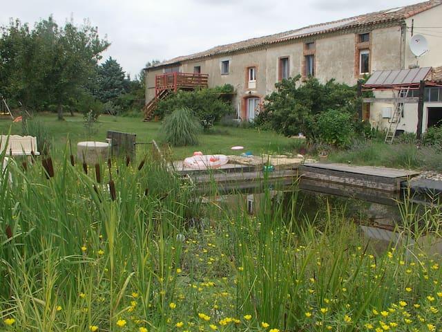 Les loriots gite rural in Aude - Issel - Apartamento