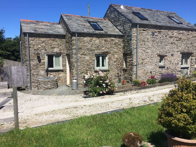 Traditional Cornish Barn Conversion - Camelford - Hus