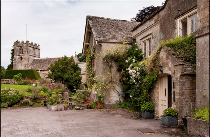 Cotswold house with a view! - Miserden - Dom