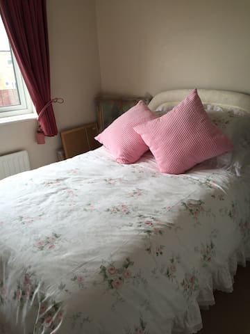 Lovely Double room - Newton Aycliffe - Huis