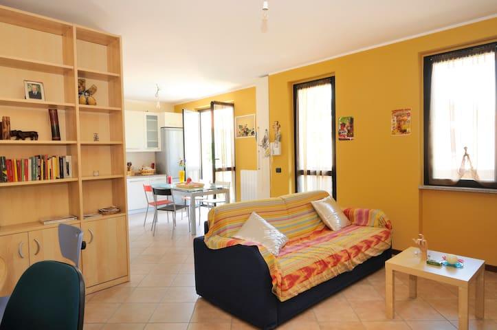Cool Apartment, Milano Fiera Saronno - Saronno - Huis