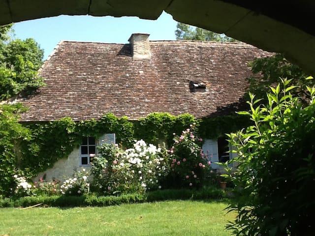 Maison du Périgord des bastides - Sainte-Sabine-Born