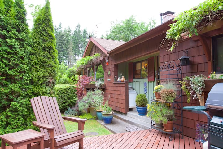 Spacious, Beautiful Cottage - Langley - Huis