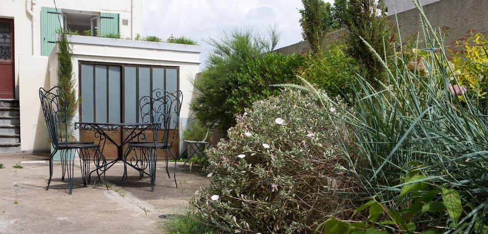 Apartment Artist's studio - Paris 10 min away - Bagneux - Loft