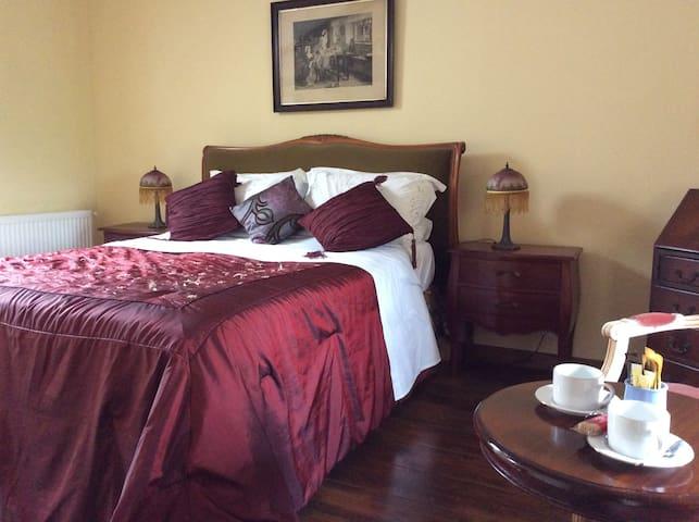 Gironde Chambres - Mouliets-et-Villemartin - Bed & Breakfast