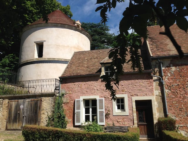 Maison indépendante nichée à côté d'un pigeonnier - Boisemont - Talo