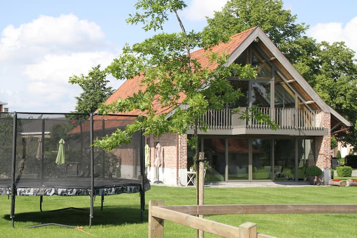 Charming totaly renovated farmhouse - 19 persons - Zwevegem