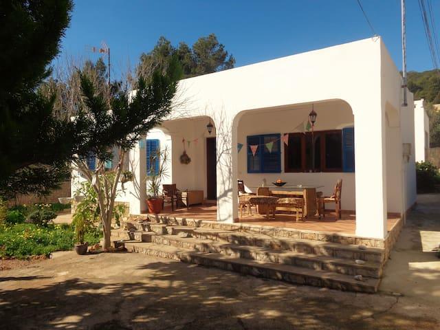 Lovely casita nearby centre - Santa Eulària des Riu - House
