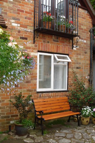 Character mews house near Quay - Lymington - Bed & Breakfast