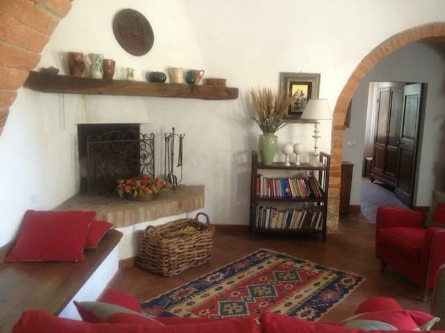 Casale in Toscana -Podere Le Borghe - San Giovanni D'asso - Departamento