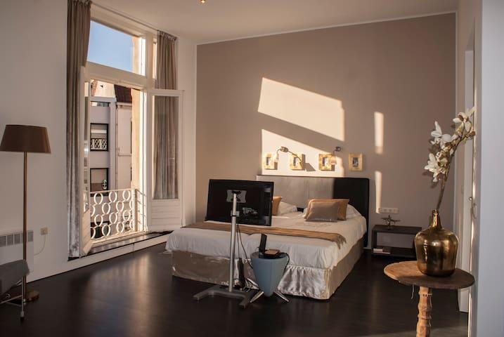 Nice large Studio, City Centre - Venlo