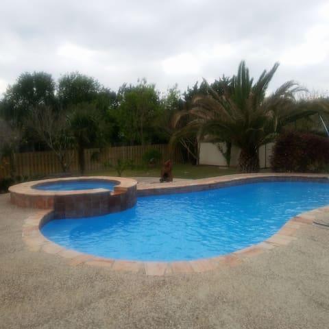 Beautiful San Antonio Getaway - Helotes - Casa