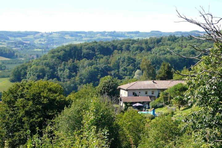 Mas du Mont Saint Glard - Chevrières - Bed & Breakfast