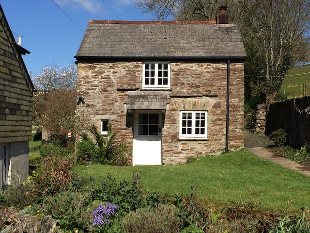 Stone cottage in rural Cornwall - Liskeard - Huis