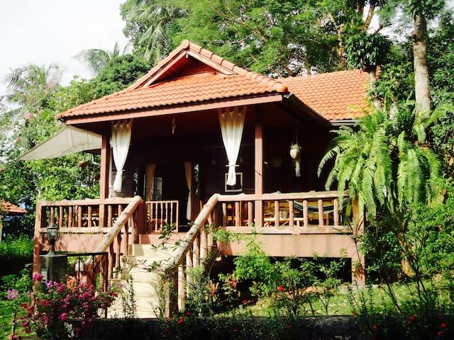 Koh Phangan, Garden Holiday Villa in Baan Tai - Ko Pha-ngan